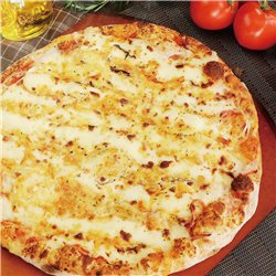 6 ポルトゥゲーザとクリームチーズピザ